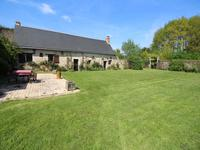 French property for sale in CHATEAUNEUF SUR SARTHE, Maine_et_Loire photo 2