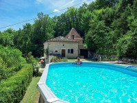 French property for sale in MONTCUQ, Lot - €289,000 - photo 2