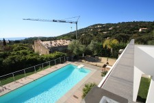 French property for sale in CAVALAIRE SUR MER, Var photo 9