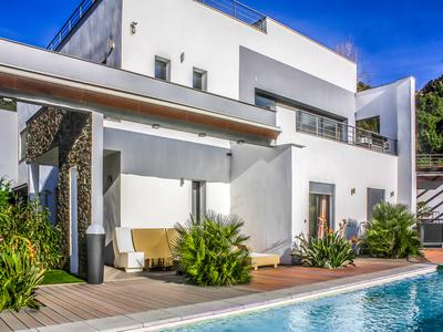 French property, houses and homes for sale in CAVALAIRE SUR MER Provence Cote d'Azur Provence_Cote_d_Azur
