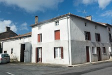 French property, houses and homes for sale inASNIERES SUR BLOURVienne Poitou_Charentes
