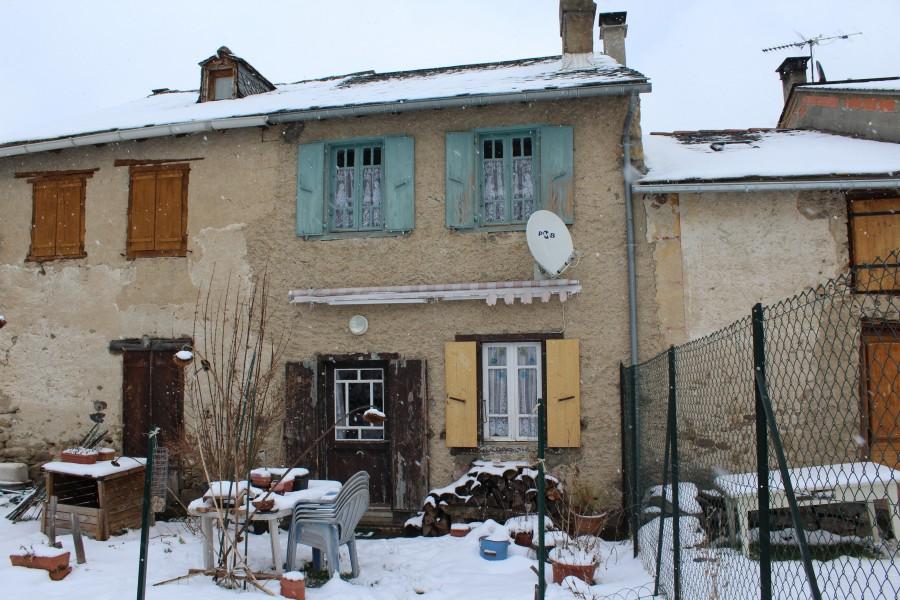 maison vendre en midi pyrenees ariege carcanieres proche mijan s petit ensemble rural. Black Bedroom Furniture Sets. Home Design Ideas
