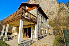 French ski chalets, properties in LE BOURG D'OISANS 38520, Bourg d'Oisans, Alpe d'Huez Grand Rousses
