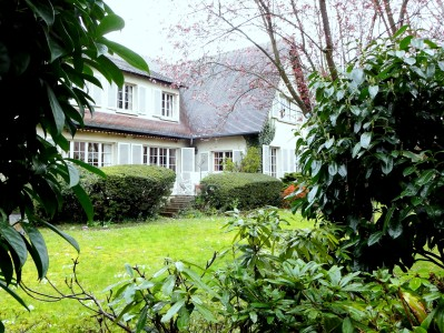 French property, houses and homes for sale in LA CELLE ST CLOUD Yvelines Ile_de_France