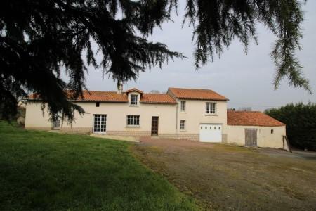 French property, houses and homes for sale in PASSAVANT SUR LAYON Maine_et_Loire Pays_de_la_Loire