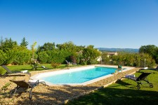 French property for sale in SAINT SATURNIN LES APT, Vaucluse - €609,000 - photo 2