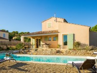 French property for sale in SAINT SATURNIN LES APT, Vaucluse - €577,500 - photo 2