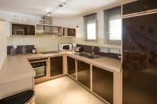 Maison à vendre à SAINT SATURNIN LES APT en Vaucluse - photo 3