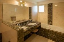 Maison à vendre à SAINT SATURNIN LES APT en Vaucluse - photo 7
