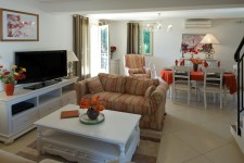 French property for sale in SAINT SATURNIN LES APT, Vaucluse - €508,800 - photo 7