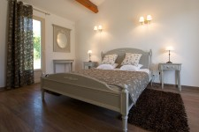 French property for sale in SAINT SATURNIN LES APT, Vaucluse - €508,800 - photo 9