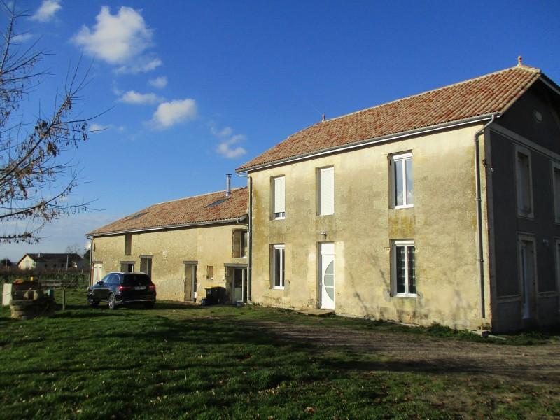 Maison vendre en aquitaine gironde mouliets et for Acheter une maison en france par un etranger