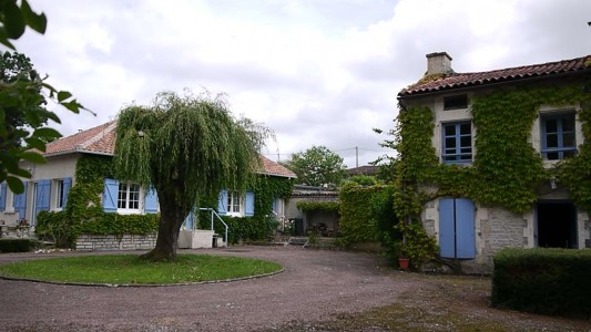 French property, houses and homes for sale in LA CHAPELLE Charente Poitou_Charentes