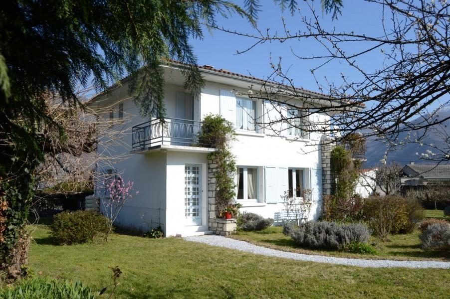 maison vendre en midi pyrenees haute garonne cierp gaud maison avec 4 chambres proximit. Black Bedroom Furniture Sets. Home Design Ideas