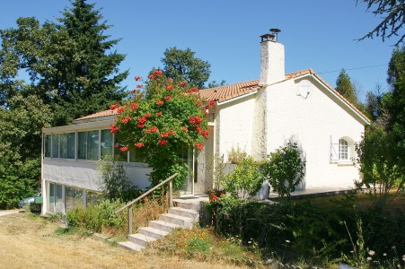 French property, houses and homes for sale in ORIOLLES Charente Poitou_Charentes