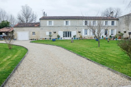 French property, houses and homes for sale in MIGRON Charente_Maritime Poitou_Charentes