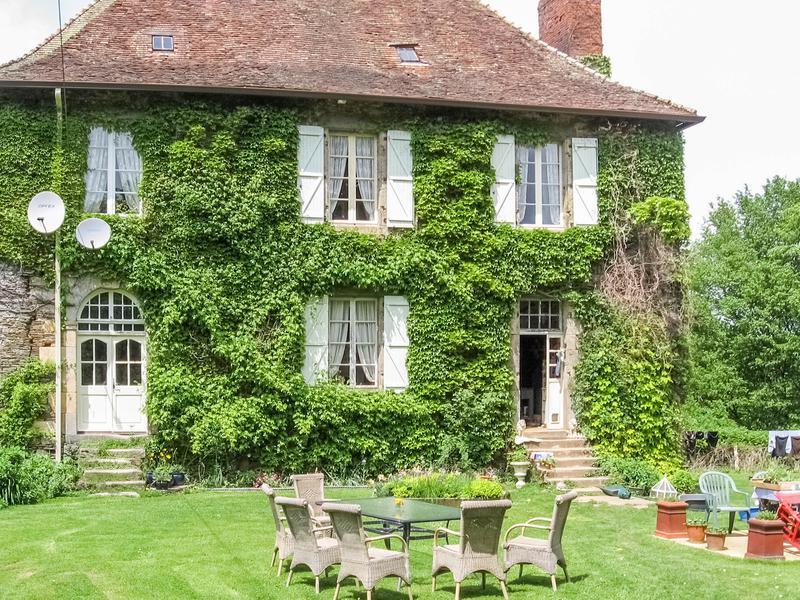 Maison vendre en limousin haute vienne st yrieix la for Acheter une maison de village