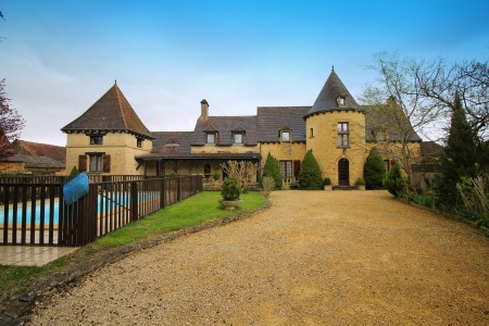 French property, houses and homes for sale in MARCILLAC ST QUENTINDordogne Aquitaine