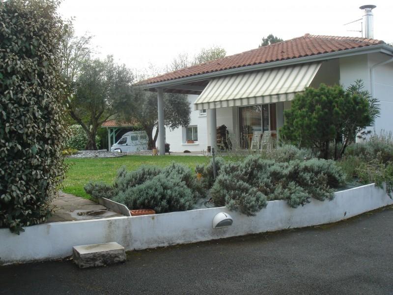 Maison vendre en aquitaine landes st paul les dax belle maison d architecte tr s claire - Une maison un jardin saez saint paul ...
