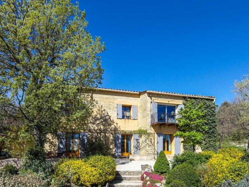 Maison vendre en paca vaucluse murs murs grand mas de for Acheter maison vaucluse
