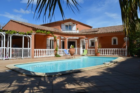 French property, houses and homes for sale in PORTIRAGNES Herault Languedoc_Roussillon