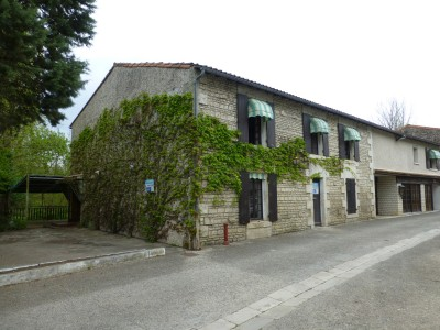 French property, houses and homes for sale in SANSAIS Deux_Sevres Poitou_Charentes