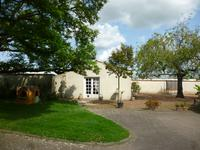 French property for sale in STE GEMME LA PLAINE, Vendee photo 2