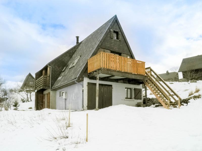 Chalet vendre en auvergne puy de dome chastreix chalet avec jardin dans u - Leboncoin immobilier auvergne ...