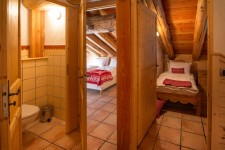 French property for sale in STE FOY TARENTAISE, Savoie - €199,999 - photo 6