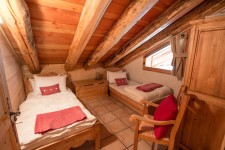 French property for sale in STE FOY TARENTAISE, Savoie - €199,999 - photo 5
