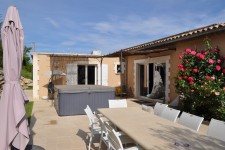 French property for sale in APT, Vaucluse - €795,000 - photo 10