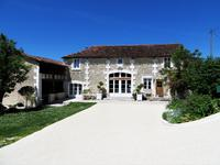 French property, houses and homes for sale inNANTEUIL AURIAC DE BOURZACDordogne Aquitaine