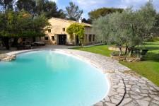 maison à vendre à ROGNES, Bouches_du_Rhone, PACA, avec Leggett Immobilier