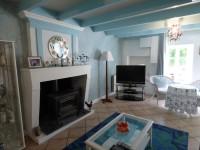 Maison à vendre à  Chenac St Seurin d Uzet en Charente Maritime - photo 3
