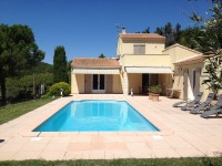 French property for sale in GARGAS, Vaucluse - €363,000 - photo 2