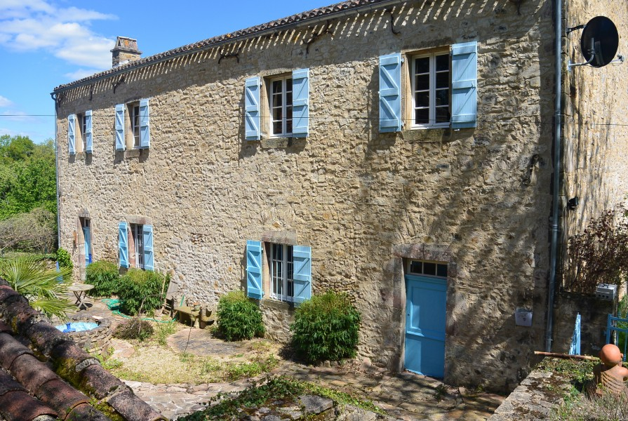 Maison vendre en midi pyrenees aveyron najac l for Acheter une maison en france