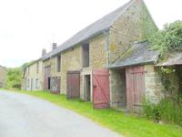 French property for sale in BUSSIERE DUNOISE, Creuse - €71,500 - photo 10