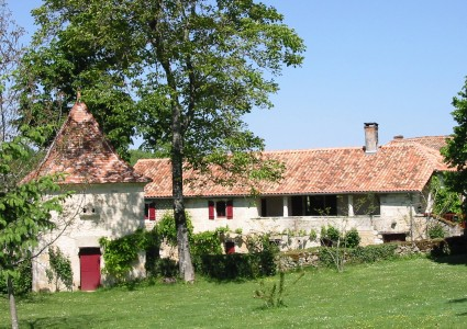 French property, houses and homes for sale in LA CHAPELLE MONTMOREAU Dordogne Aquitaine