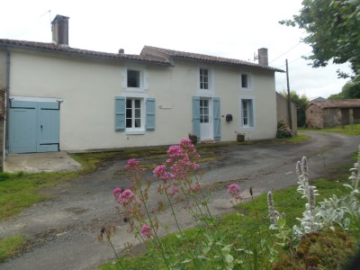 French property, houses and homes for sale in ST GERMIER Deux_Sevres Poitou_Charentes