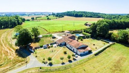 houses and homes for sale inCOURGEACCharente Poitou_Charentes