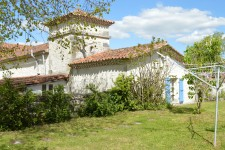 French property for sale in VAUX LAVALETTE, Charente - €236,250 - photo 4