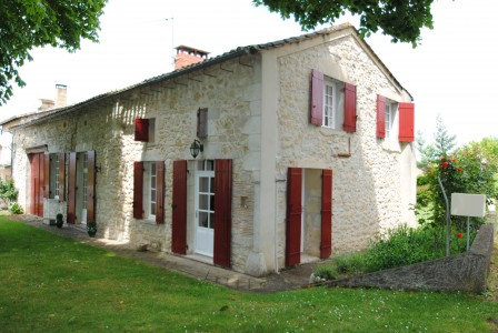 French property, houses and homes for sale in ST MICHEL DE MONTAIGNE Dordogne Aquitaine