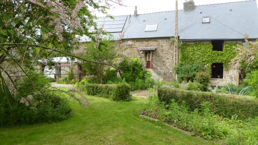 French property, houses and homes for sale in COUESMES VAUCE Mayenne Pays_de_la_Loire