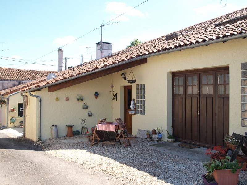 Mauprevoir Property For Sale