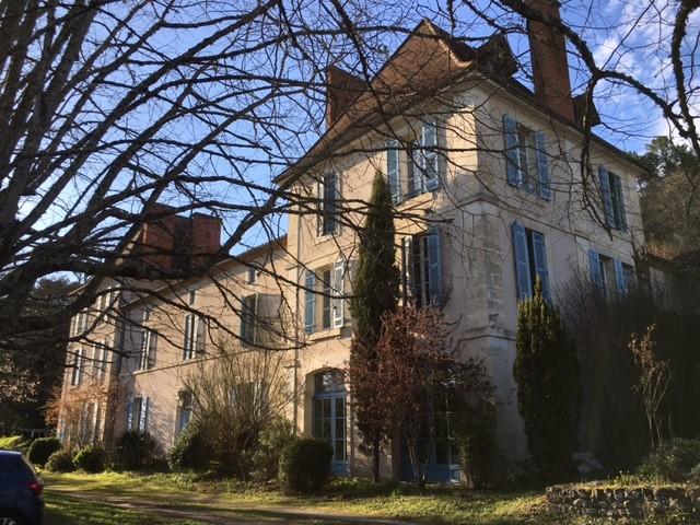 chateau vendre en aquitaine dordogne st paul de serre. Black Bedroom Furniture Sets. Home Design Ideas