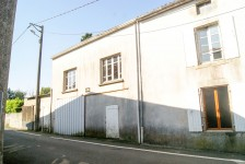 French property for sale in L ABSIE, Deux Sevres - €61,000 - photo 2