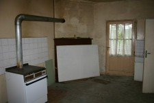 French property for sale in MAREUIL, Dordogne - €77,000 - photo 3