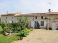 Maison à vendre à LA FORET DE TESSE, Charente, Poitou_Charentes, avec Leggett Immobilier