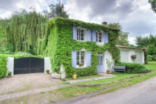 French property, houses and homes for sale in BRIE BARDENAC Charente Poitou_Charentes