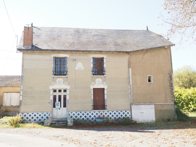 House For Sale In Ouzilly Vignolles Vienne Village